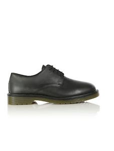01. Shoes